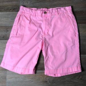 Vineyard Vines shorts size 28 pink good shape